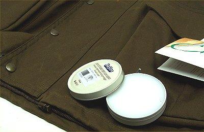 Grasso Reflex per tessuti Barbour confezione in lattina
